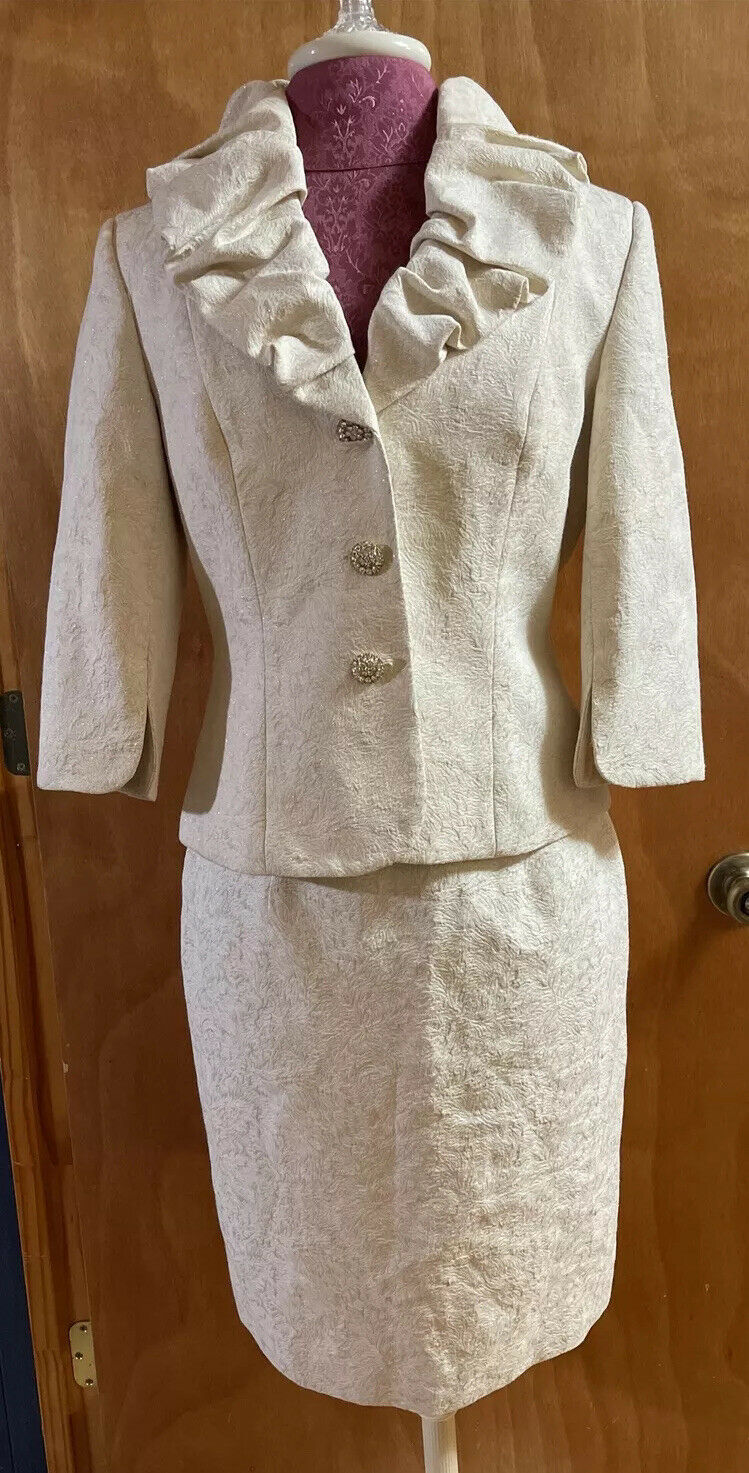 ADRIANNA PAPELL Skirt Suit 6 Off White Gold Ruffled Mother of the Bride Formal