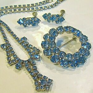 Vintage-Demi-Parure-Blue-Rhinestone-Necklace-Earrings-Brooch-Estate-Costume