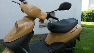 Cat-50-Motorroller-2takt-Her-Chee-50ccm-Neu-lackiert-ca-15000km