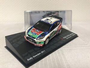 Ford-Fiesta-RS-WRC-1-43-Rallye-Geschenk-Modellauto-Modelcar-Scale-Spielzeug-Top