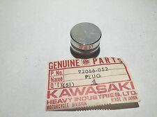 NOS 76-83 KAWASAKI KZ750 KZ 750 LTD CSR TWIN CYLINDER HEAD PLUG 92066-052