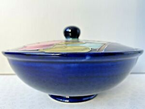 Vintage-Round-Moorcroft-Magnolia-Pattern-Bowl-and-Lid-Cover