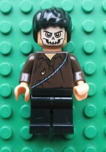 New Genuine LEGO Cemetery Warrior Minifig Indiana Jones 7196