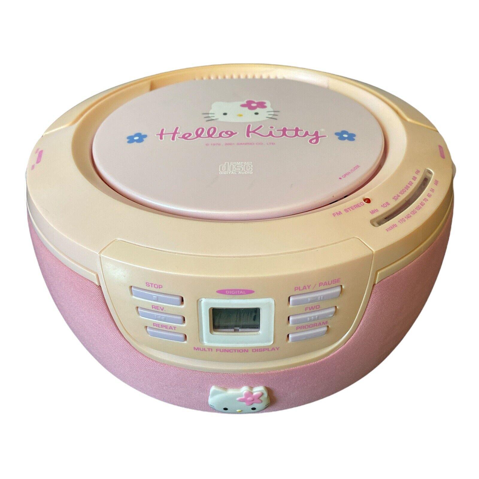 Vintage Hello Kitty   AM/FM/CD Boombox Model No HK23