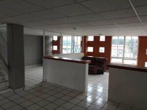 Edificio con Oficinas en Venta en Toluca