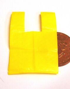 1:12 1 vide en plastique jaune Transporteur Sac tumdee Maison de Poupées Accessoire