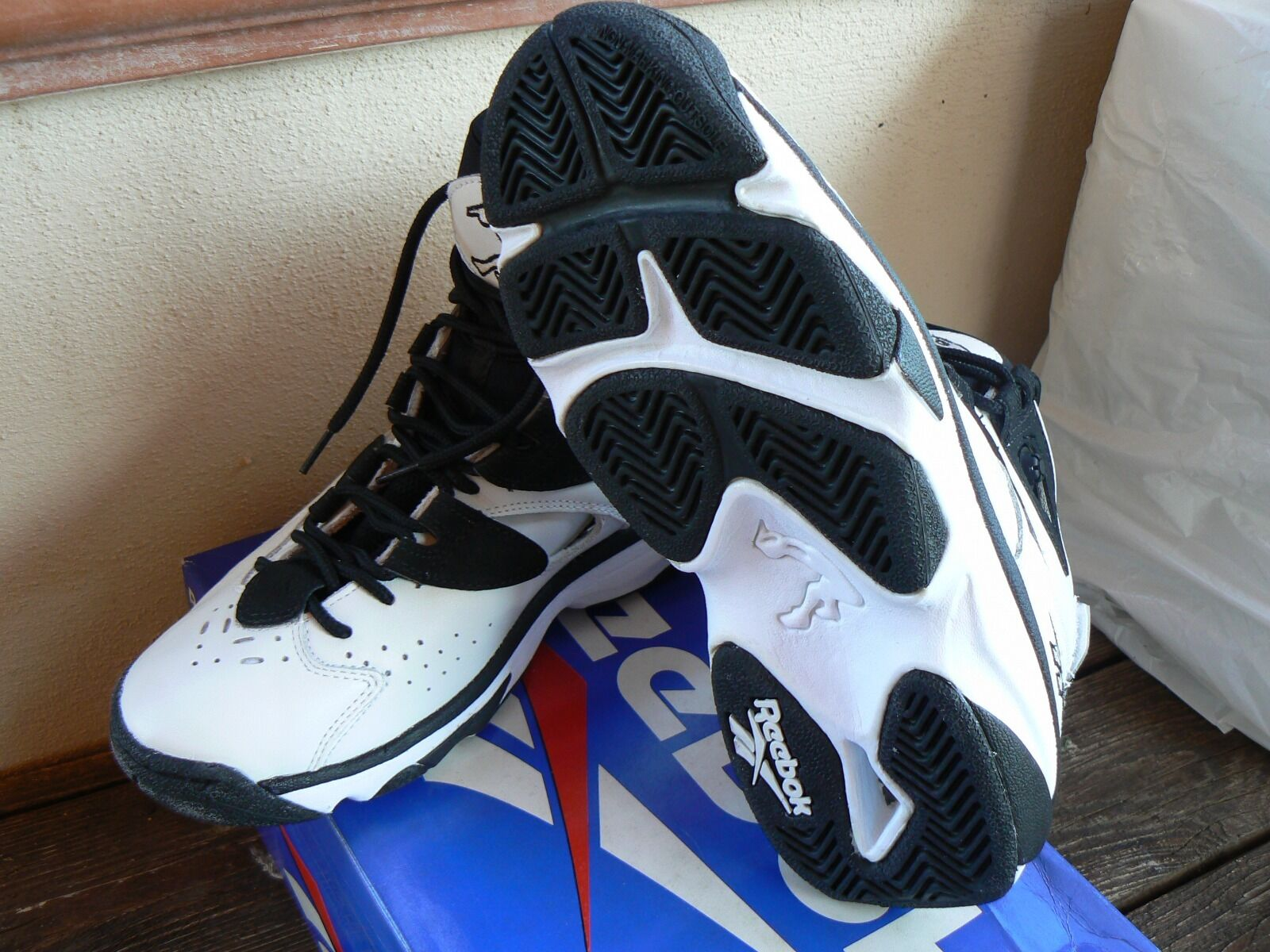 Reebok INSTAPUMP SHAQ ATTAQ IV 1996 Deadstock 40.5 EU 8 US 7 UK Retro balances
