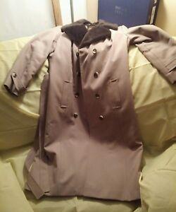 Avant-Vtg-Garde-Womans-Biege-Trench-coat-size-med-mod-disco-style
