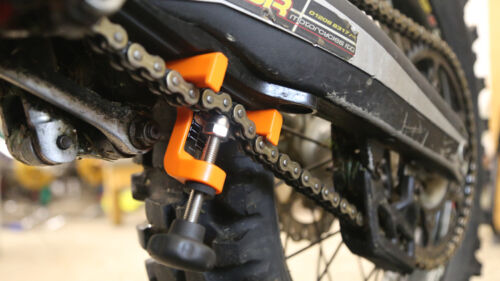 Chain Monkey Motorcycle /& Quad Precision Chain Tensioning Tool UK NEW 2019