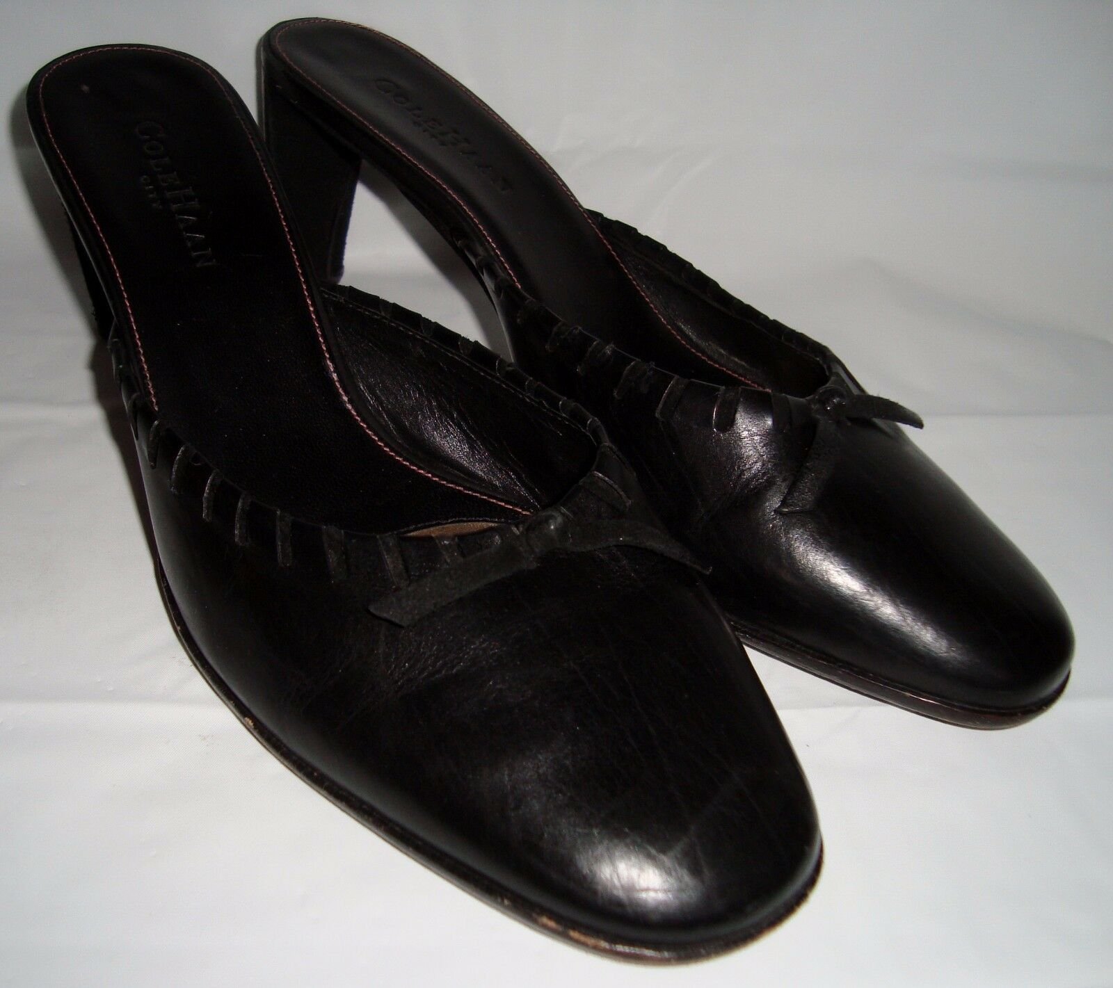 Cole Haan City Black Leather Mules 9 Laced Bow Heels Rounded Toe