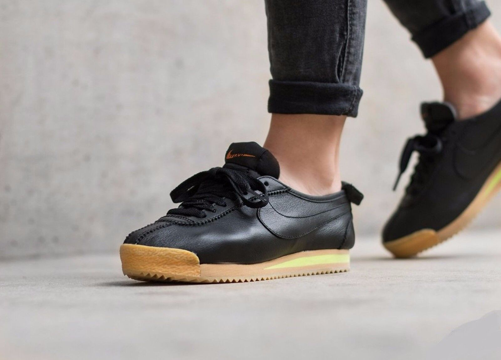 Nike Cortez '72 847126-001 Black/Balsa-Gum Yellow Wmn Sz 9.5 Leather