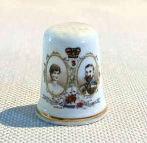 St Georges Bone China Thimble King Georges & Queen Mary June 22 1911