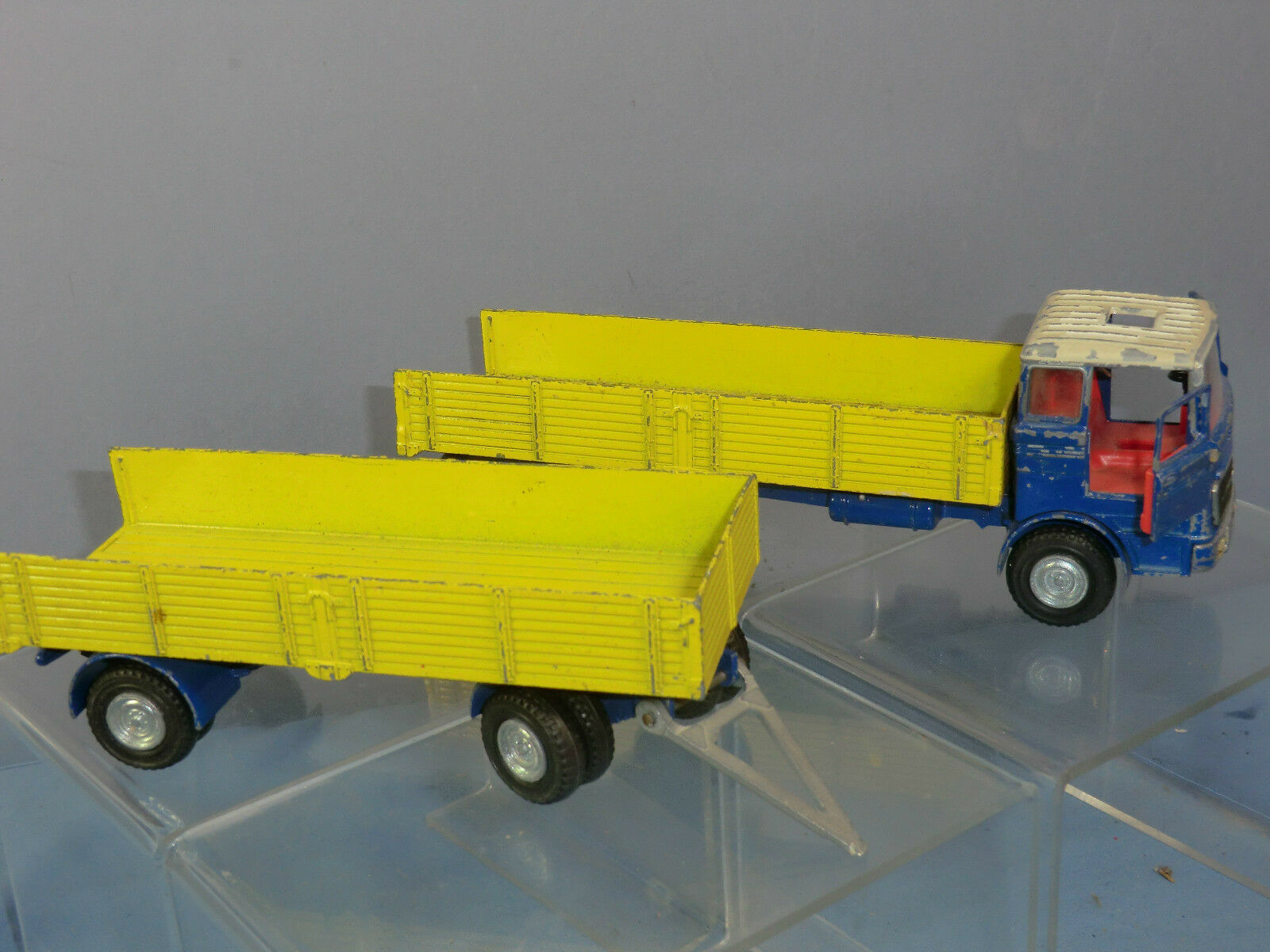 Dinky Toys Modelo Modelo Modelo No.917 Mercedes Camión y remolque (por renovación) d85b8c