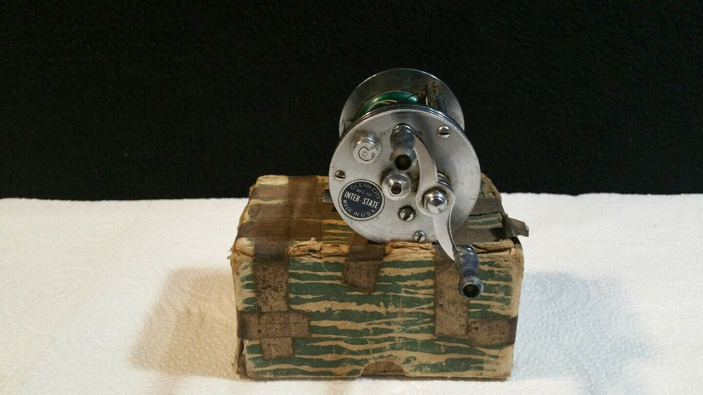 VINTAGE  OCEAN  CITY  INTER- STATE  FISHING  REEL & BOX.