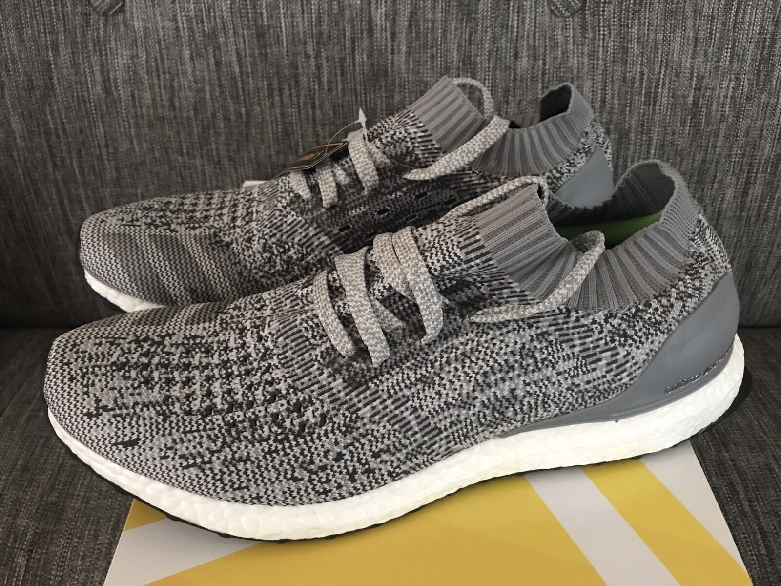 Adidas ultra Boost uncaged gris Triple claro talla 11,5 DS Triple gris Negro Blanco NMD ed000b