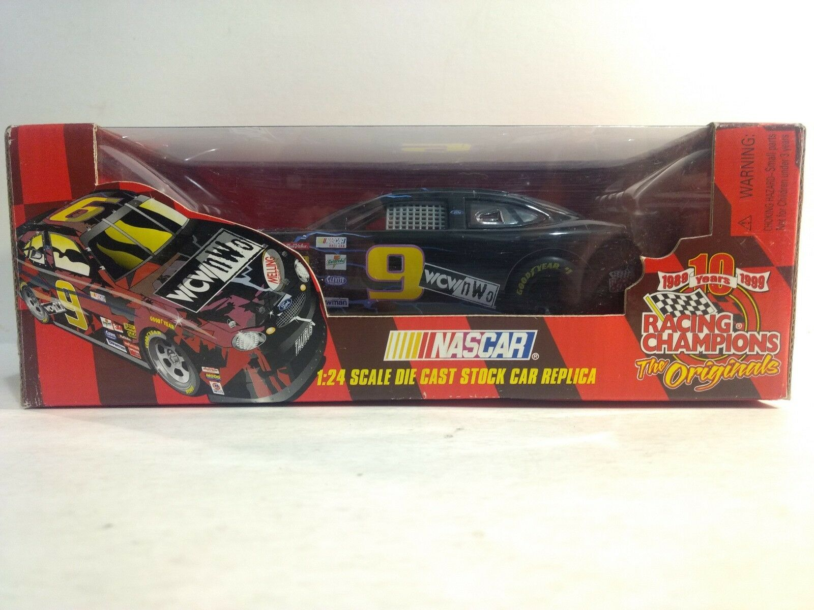 Rare Nascar WCW NWO Ford Taurus 1 24 Scale Diecast 10 Years Issue