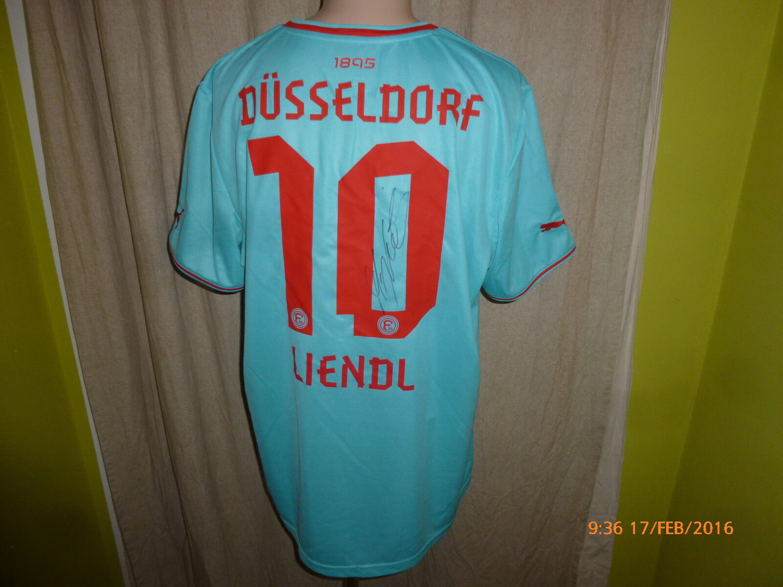 Fortuna Düsseldorf Puma + Trikot 2013/14 + Nr.10 Liendl + Puma Handsigniert Gr.XXL Neu f17e59
