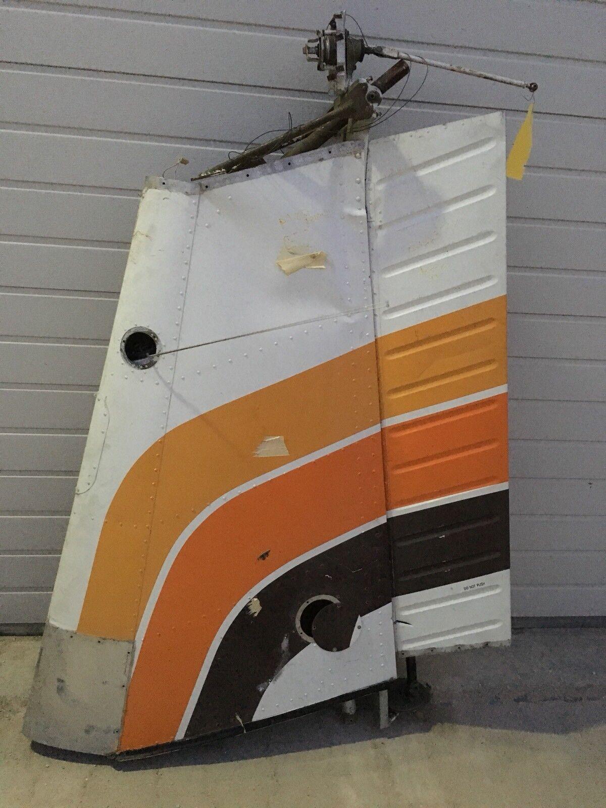 ✈️  Flugzeug Piper Pa 28 Flosse Seitenruder Deko Werbung