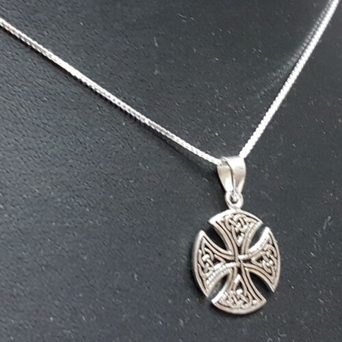 Small 925 Sterling Silver Canterbury Cross Anglica and Episcopalian symbol