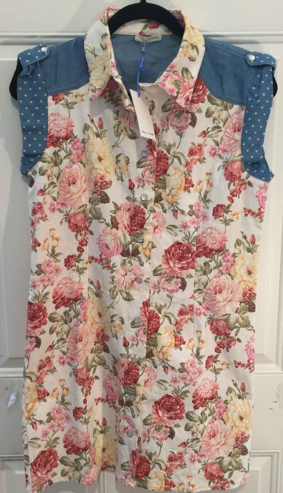 Beautiful Anthropologie Tea N pink NWT Floral Dress Snap Front Chest 37