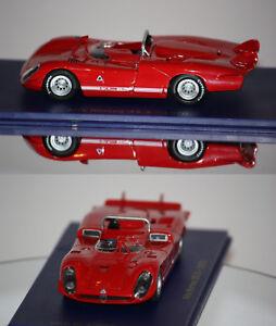 M4-Alfa-Romeo-33-3-1970-rouge-1-43