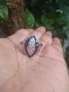 Handmade-Natural-WHITE-RAW-DIAMOND-amp-Black-CZ-Silver-RING-S7-5