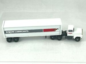 Winross 1993 model  EXXON Tractor and Trailer