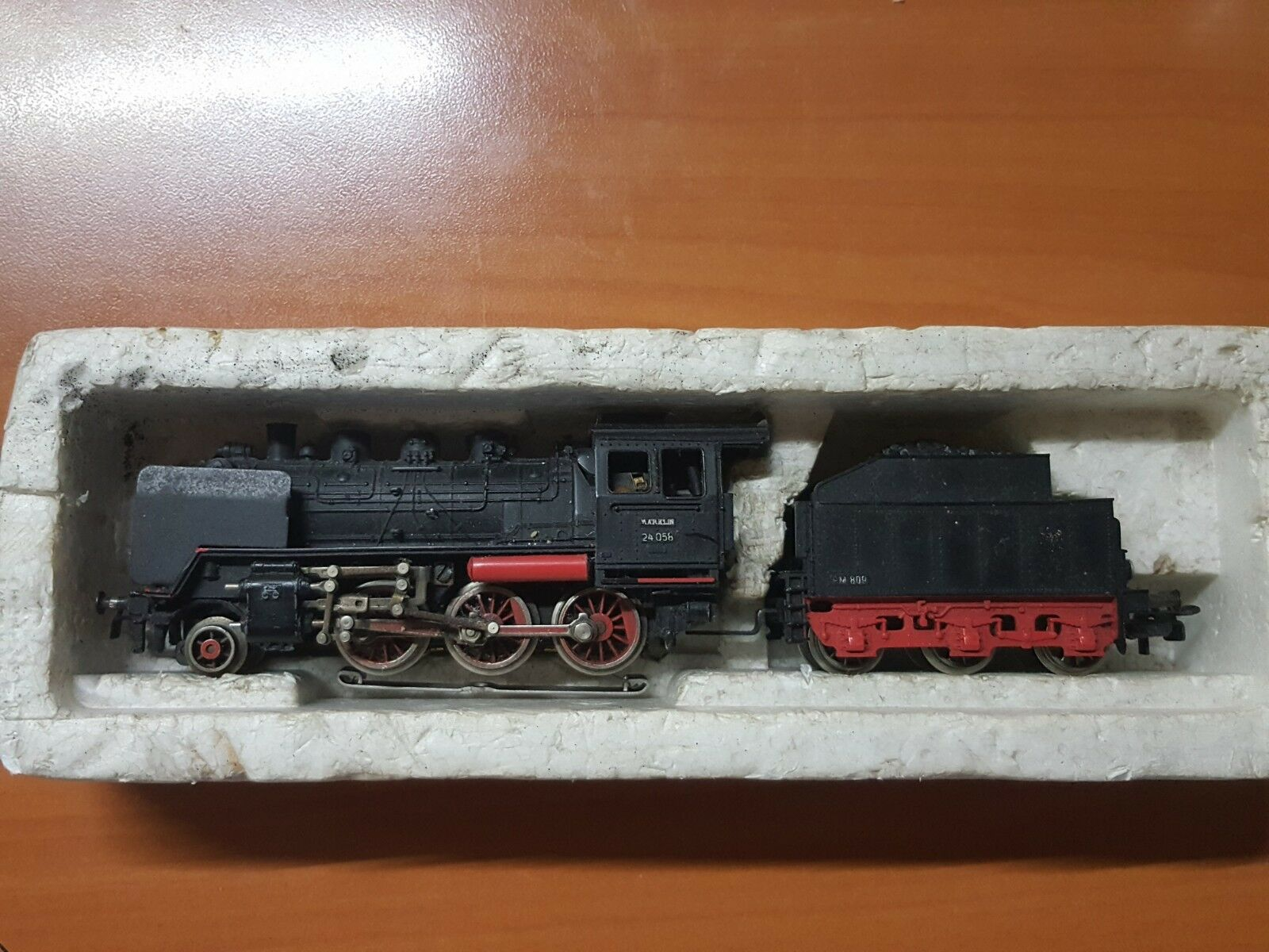 Marklin  3003 ho dampf locomotive   24058