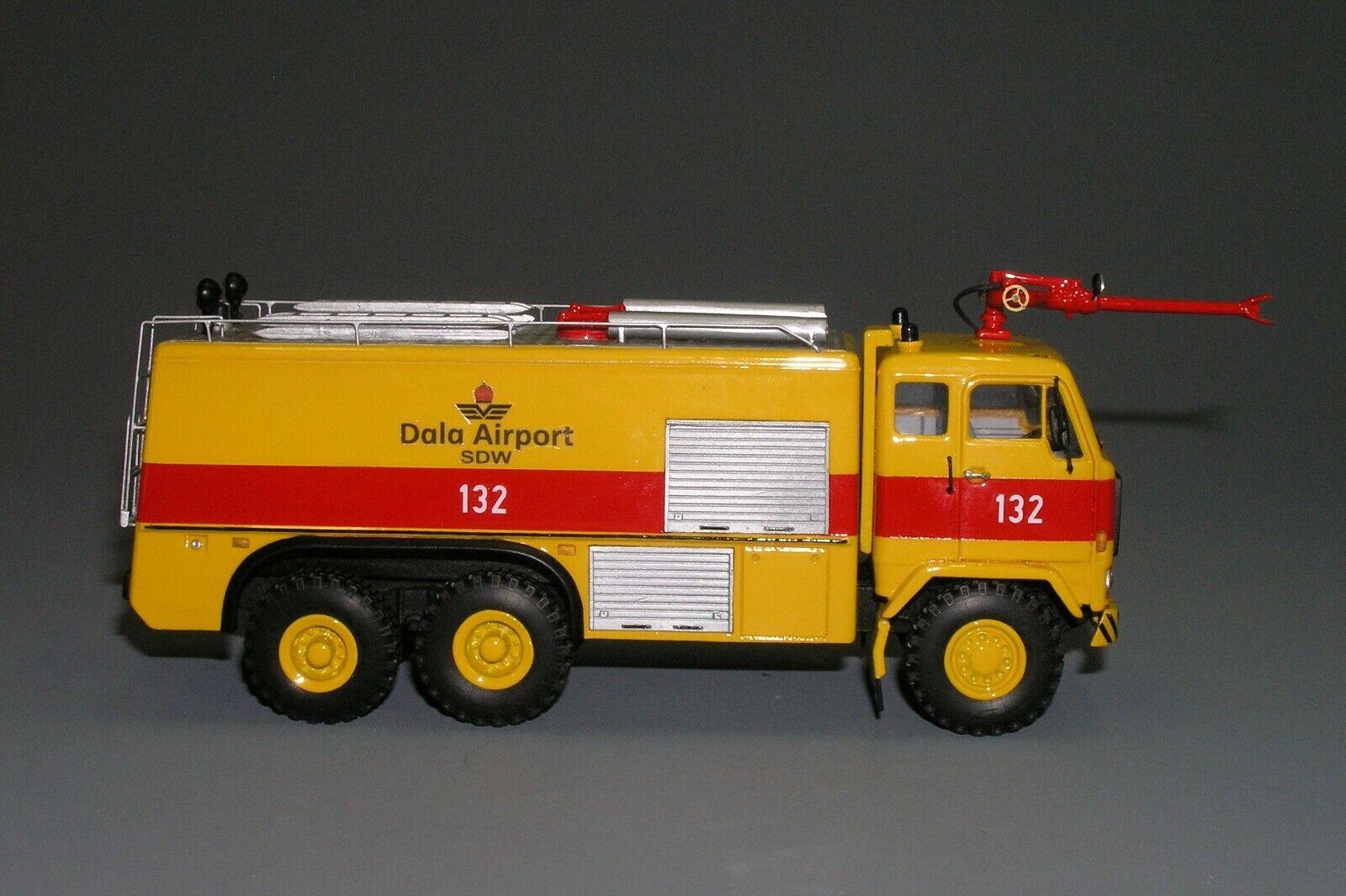 rara    Volvo F89 - 42 6x6 Camión De Bomberos Aeropuerto Dala Hecho a Mano Vector Modelo 1 43