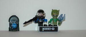 Kre-o-Kreo-Mini-fig-Cityville-Invasion-Collection-1-Walter-Wetsuit-Wavecrawler