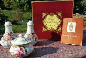 Royal-Crown-Derby-Salt-and-Pepper-shaker-with-covered-dish-New-in-original-Box