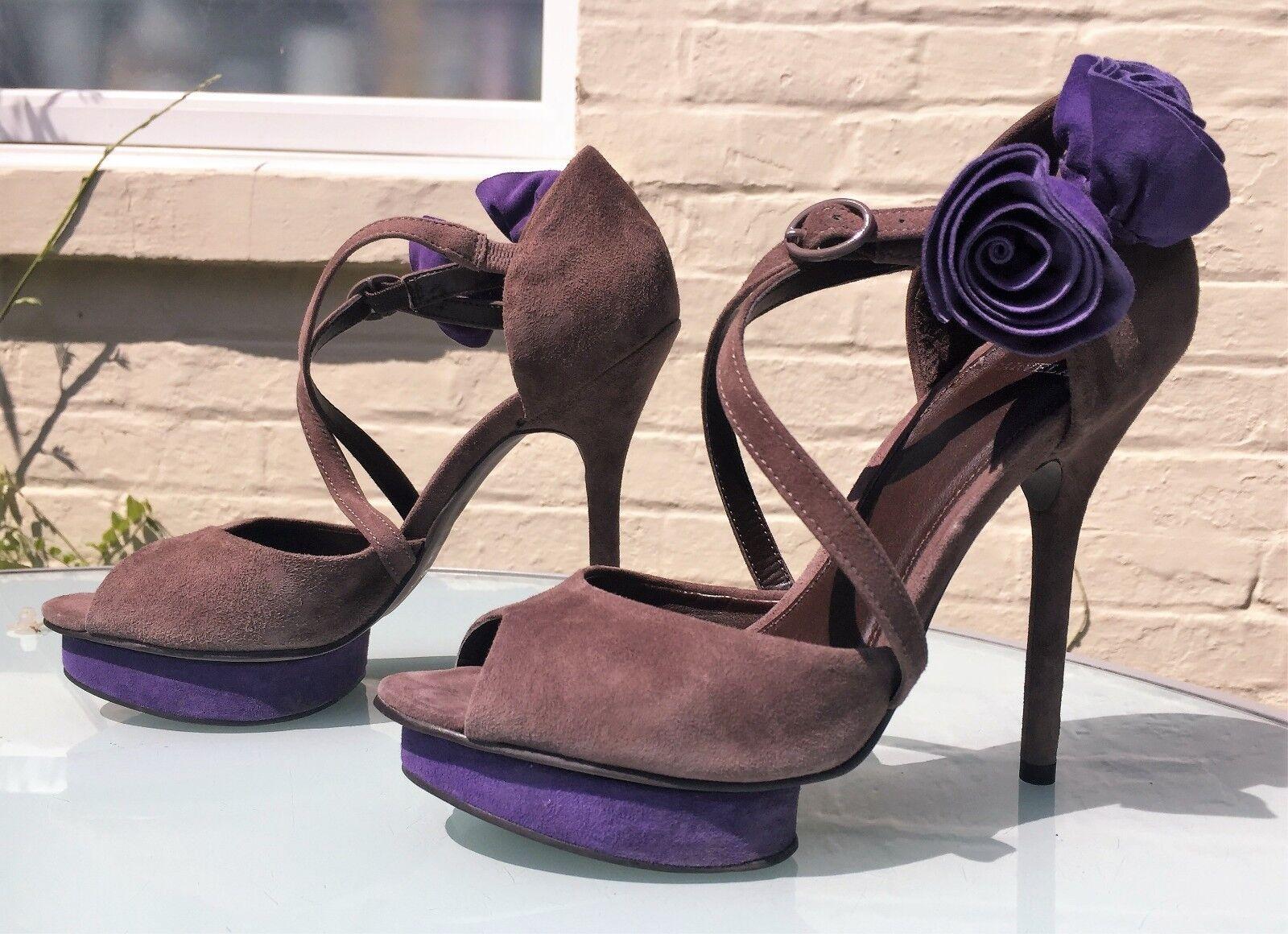 Carvela tacco con plateau in pelle scamosciata grigio-viola fiori-indossata una volta-RRP