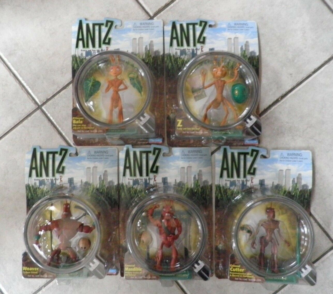 ANTZ - Dreamworks 1998 Set. Every Ant Has His Day . N.O.S. Pre-owned collectible
