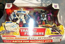 Hasbro Transformers Classic Voyager Battle For Autobot City Ultra Magnus Vs Skywarp Action Figure