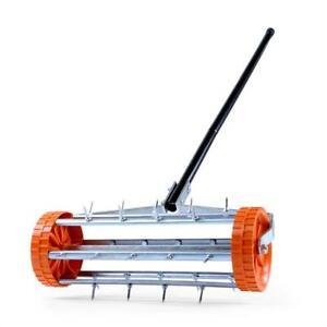 Aérateur de pelouse FUXTEC FX-RL400 43cm rouleau scarificateur gazon maniable