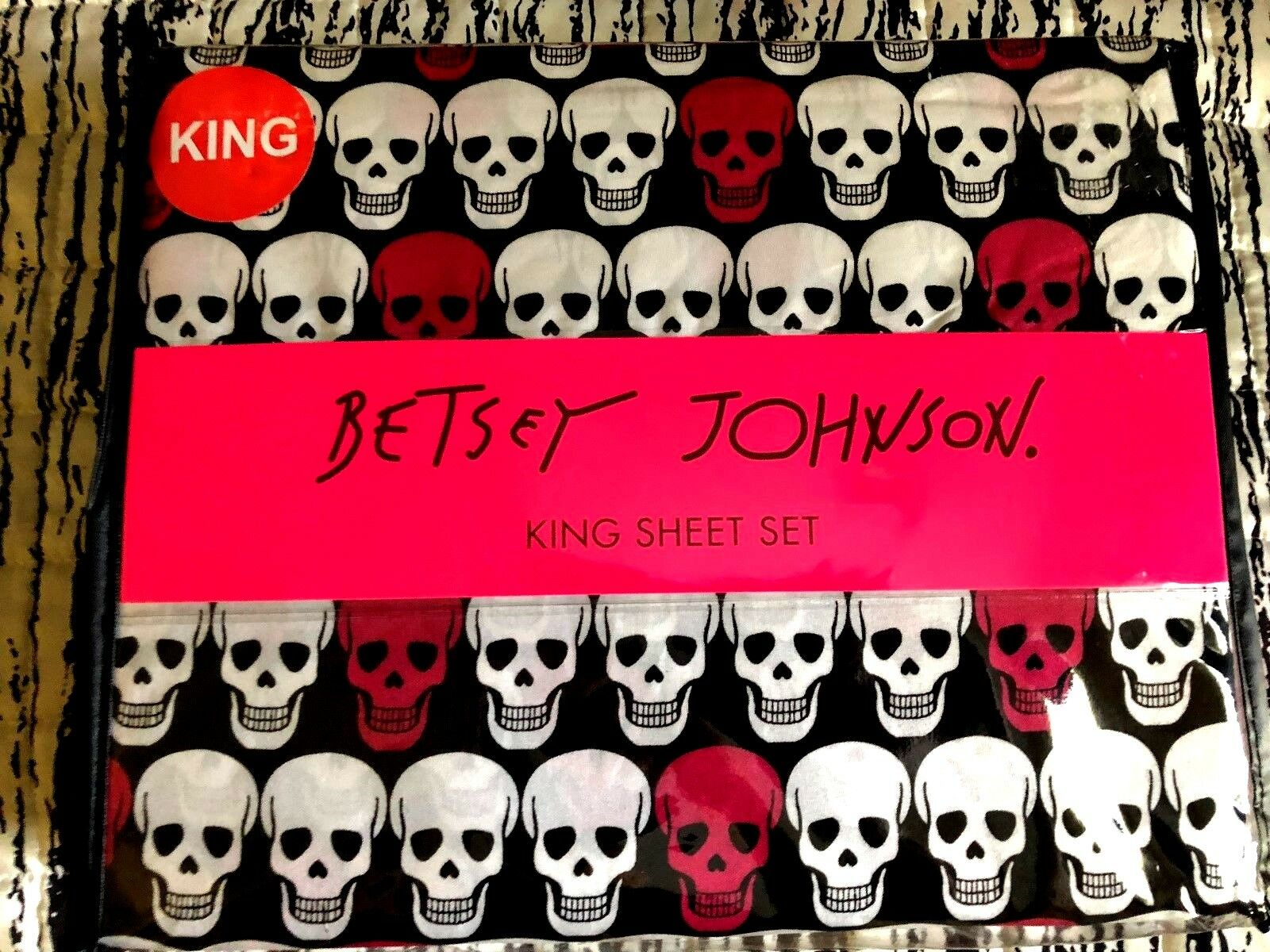 Betsey Johnson Skull Heads King Sheet Set NWT
