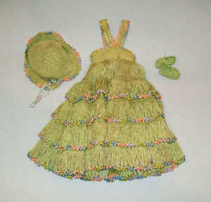 Old-Vtg-Ca-1950s-Flapper-Style-Hand-Made-Crochet-Green-Doll-Dress-Hat-and-Shoes
