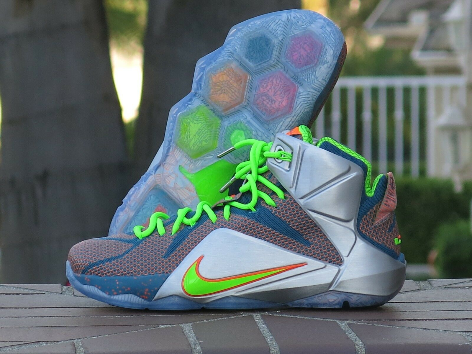 Nike Lebron XII Limited Edition Men's Basketball Sneakers 705410-430 SZ 10