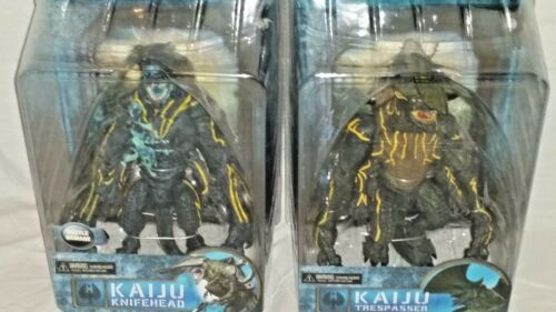 NECA MISP Pacific Rim movie Kaiju KNIFEHEAD TRESPASSER set 2 Ultra Deluxe Figure