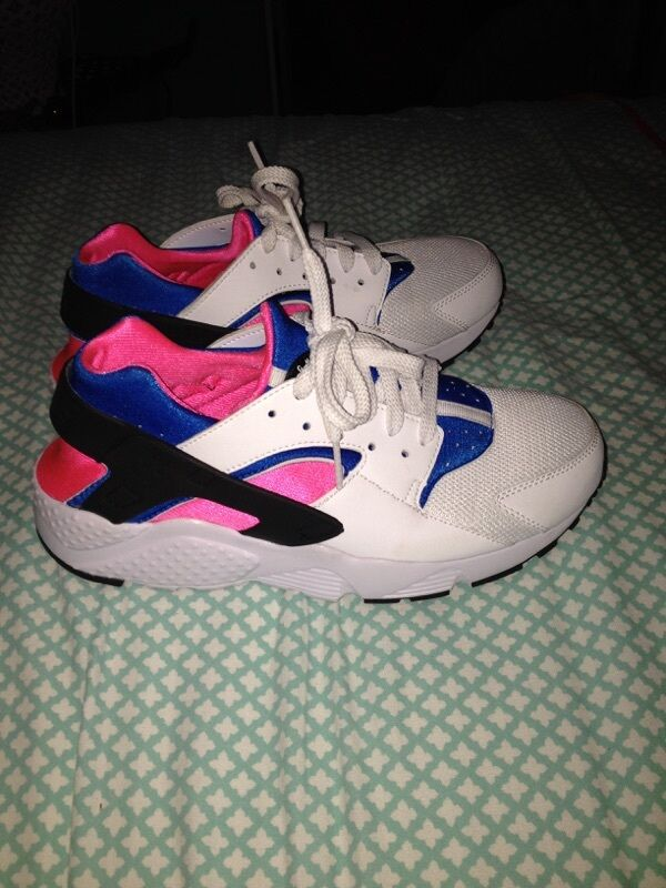 Nike Air Huarache Women's Size 8 Never Worn Deadstock Colorway