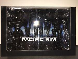 Exclusivité Sdcc 2014 Neca Pacific Crédits de fin de jante Coffret 7 figurines Jaeger 7   Sdcc 2014 Exclusive Neca Pacific Rim End Credits Jaeger 3 Figure Box Set 7