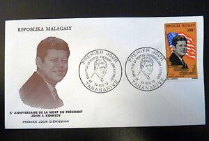 MADAGASCAR-AERIEN-132-PREMIER-JOUR-FDC-PRESIDENT-KENNEDY-300-FMG-1973