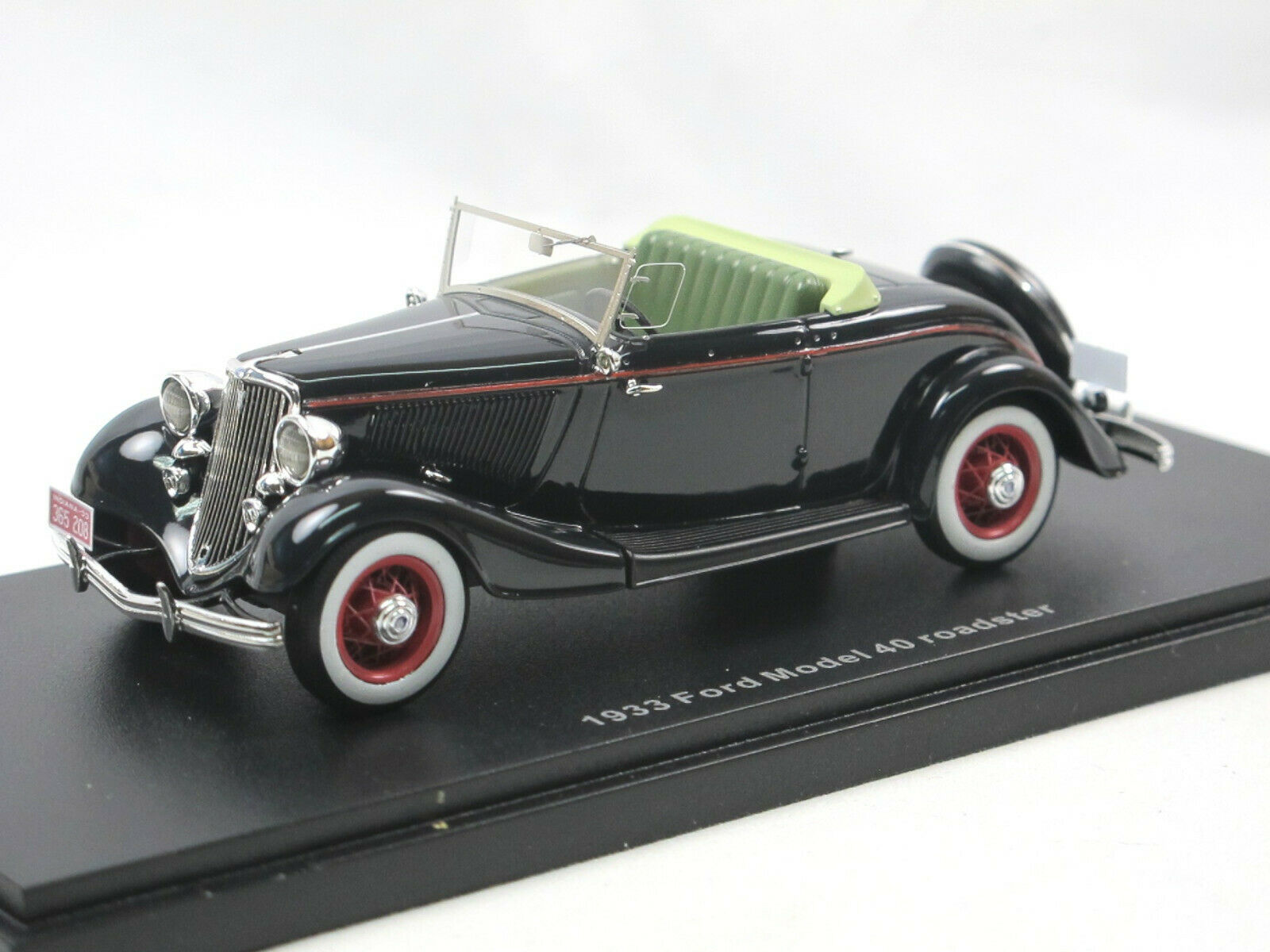 Esval Models - 1933 Ford Model v8 Model 40 roadster top down nero 1 43 Limited