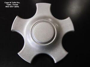 2000-2007-Ford-Taurus-center-cap-OEM-Silver-3384-3538-Taurus-Center-Cap