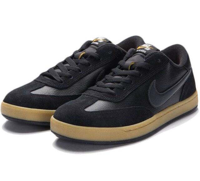 Nike SB Low FC Classic Black Gum Bottom