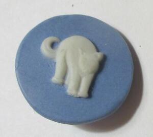 Standing-Kitten-Blue-Jasperware-Button-Signed
