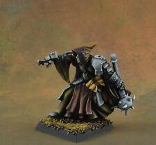 Painted wizard/sorcerer Deckard Nightveil from Reaper Miniatures, metal
