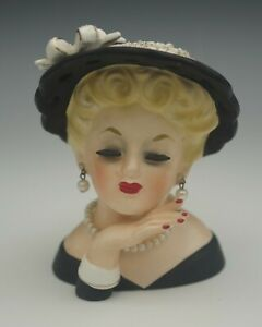 INARCO-1961-JAPAN-ELEGANT-BLONDE-LADY-E-190-HEAD-VASE-HEADVASE-VINTAGE-PEARLS