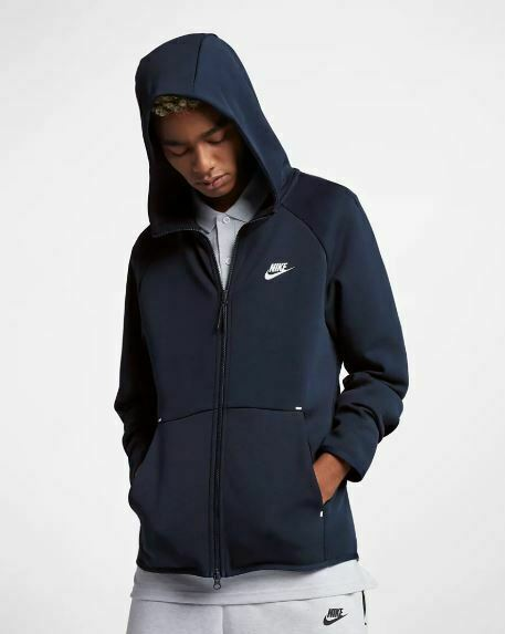 Shop den Nike Tech Fleece Windrunner Hoodie Herren in Blau