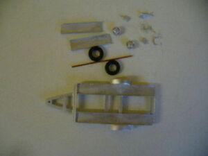 Single axle trailer 1/43rd scale white metal kit  by K & R Replicas